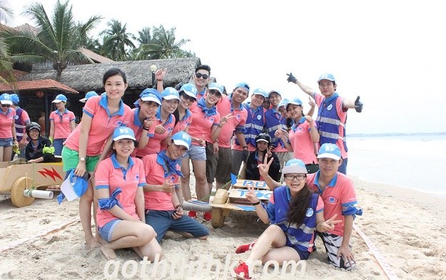 dong-phuc-team-building